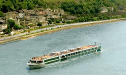 שייט כשר בנהר הריין